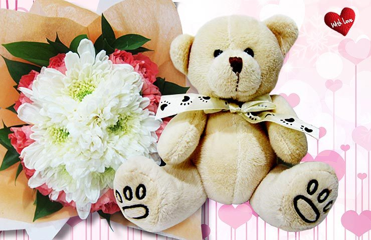 Bagi muda-mudi yang tengah dimabuk cinta, valentine adalah saat yang