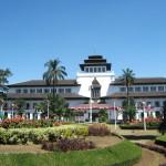 Paket Tour Wisata Bandung Murah 3 Hari 2 Malam @PengenLiburan