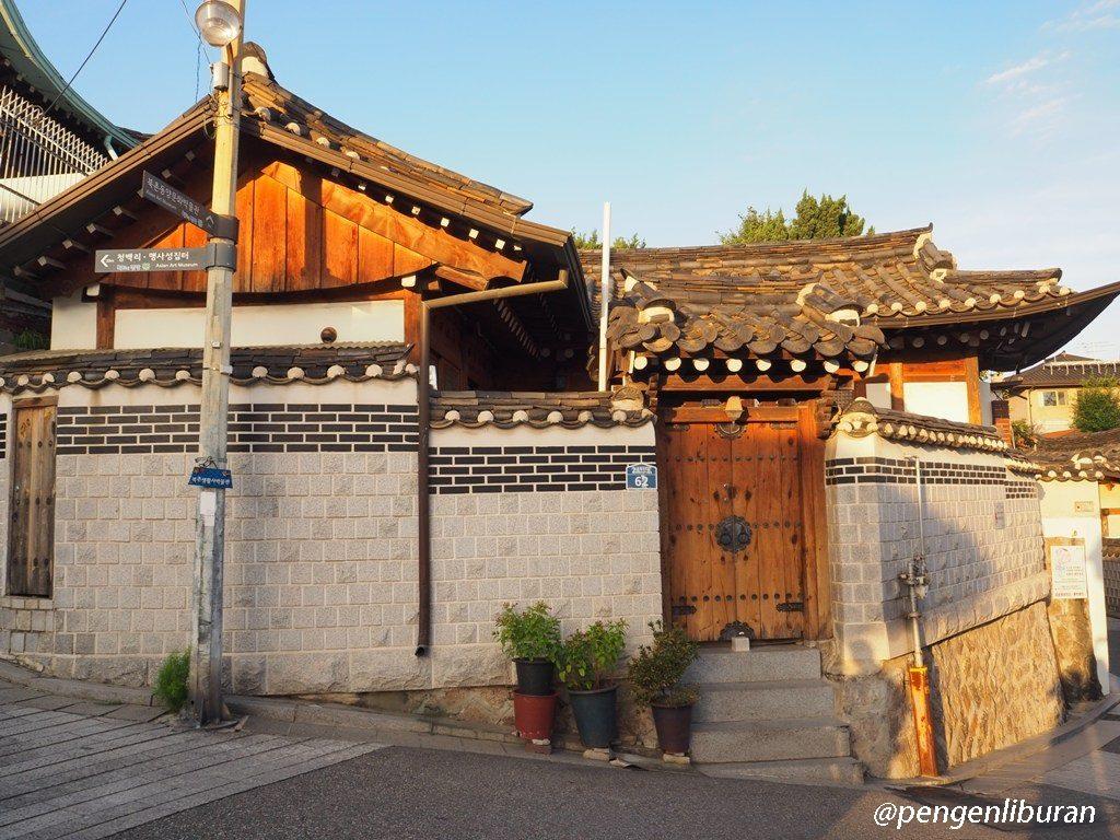 Bukchon Hanok Village di Sore Hari